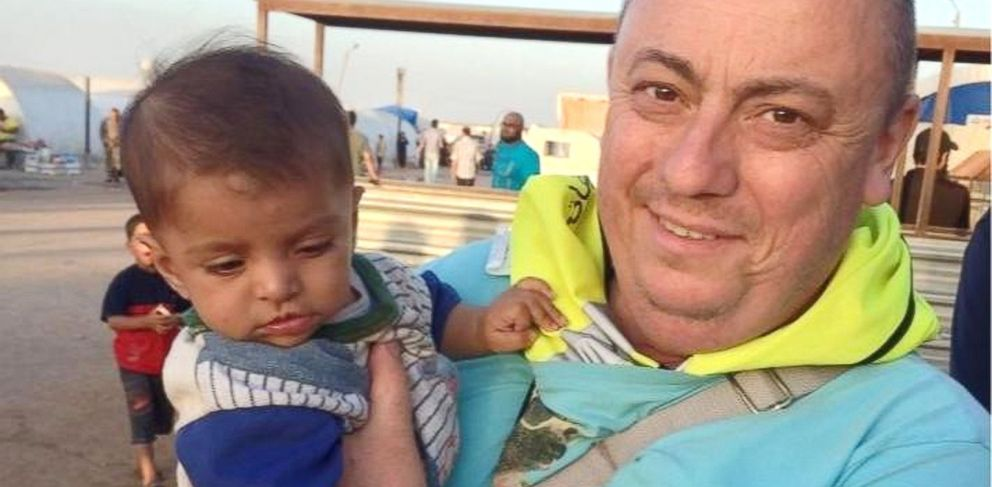 PHOTO:This undated family handout photo shows British man Alan Henning, who is being held hostage by Islamic State (IS) and whose life was threatened in the IS video in which the group beheaded David Haines.