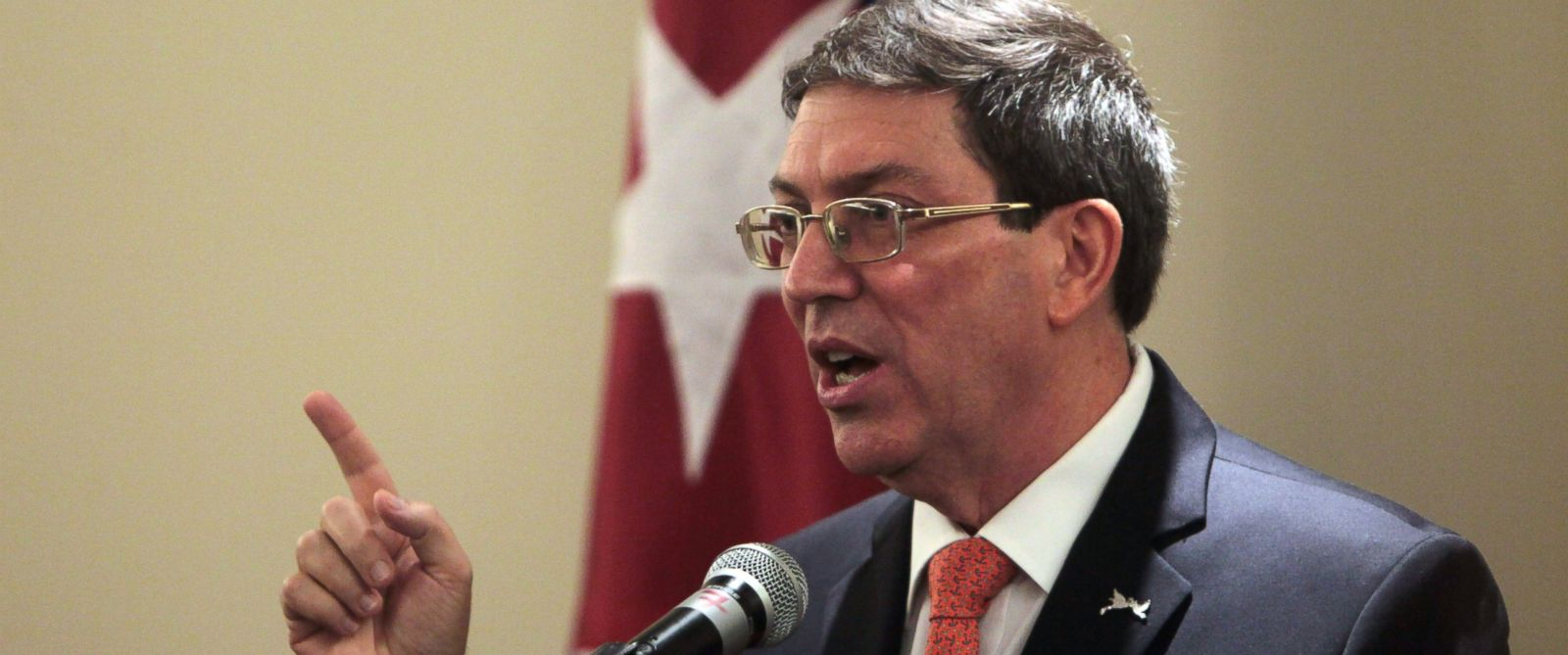PHOTO: Cubas Foreign Minister Bruno Rodriguez speaks during a press conference, during the VII Summit of the Americas in Panama City, Saturday, April 11, 2015.
