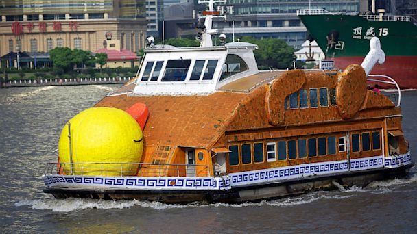 ap china roast duck ferry ll 130829 16x9 608 Heat Wave Inspires Roast Duck Ferry