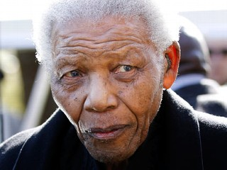 Hospitalized Mandela Has 'Restful' Easter