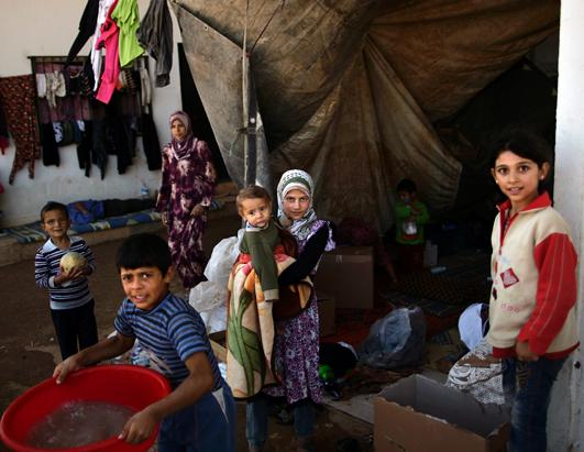 Syrian Refugees Face Crisis as Winter Nears