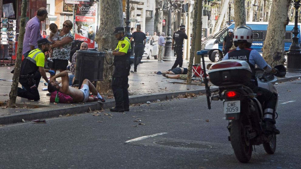 http://a.abcnews.com/images/International/barcelona-attack-injured-ps-epa-170817_16x9_992.jpg