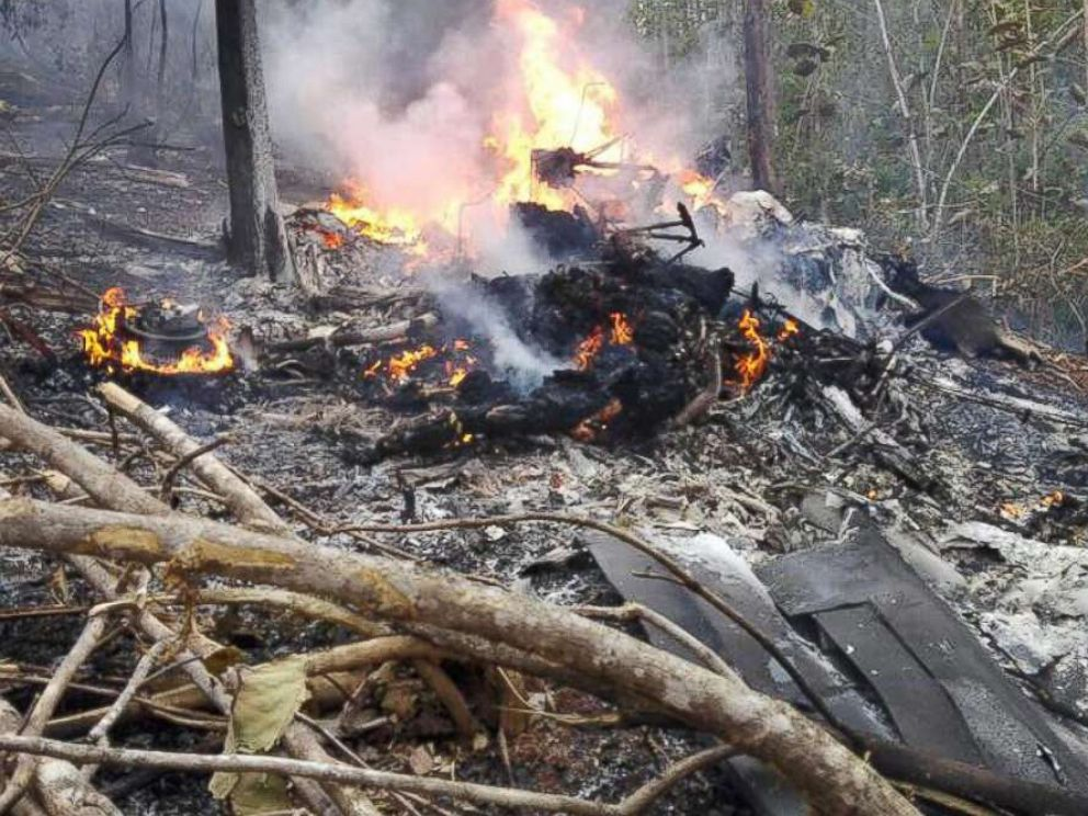 Plane with 12 believed aboard crashes in Costa Rica