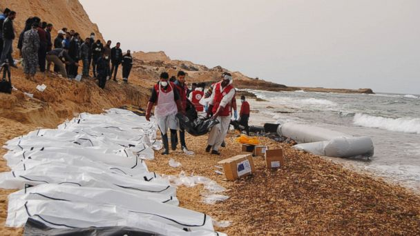 PHOTO: Volunteers of the Libyan Red Crescent recovered bodies that had washed ashore at the coast near Al Zawiya, Libya, Feb. 20, 2017.
