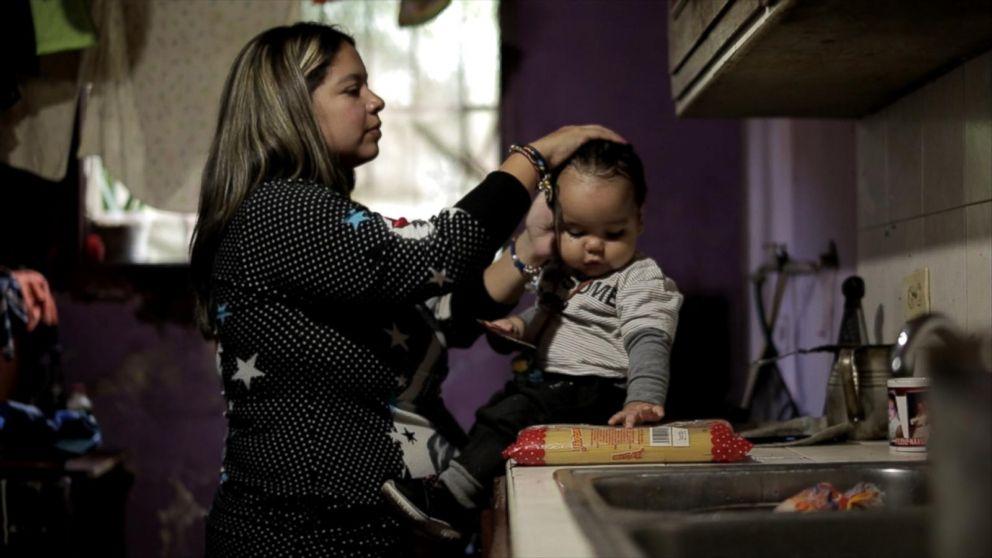 http://a.abcnews.com/images/International/family2-ht-mem-170810_16x9_992.jpg