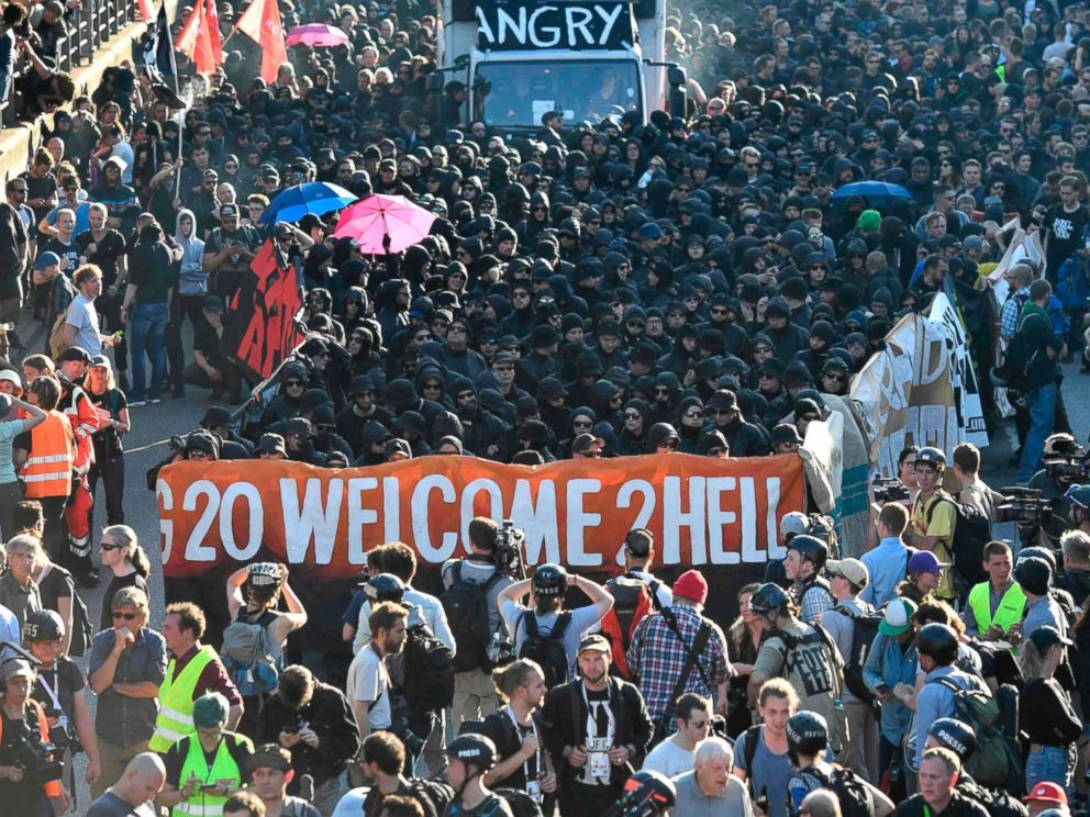 PHOTO: Police block demonstrators during the Welcome to Hell rally against the G-20 summit in Hamburg, northern Germany on July 6, 2017.