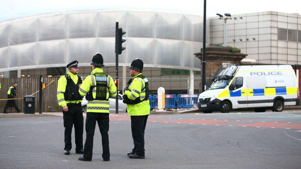 http://a.abcnews.com/images/International/gty-manchester-incident-day-jc-170523_16x9_992.jpg
