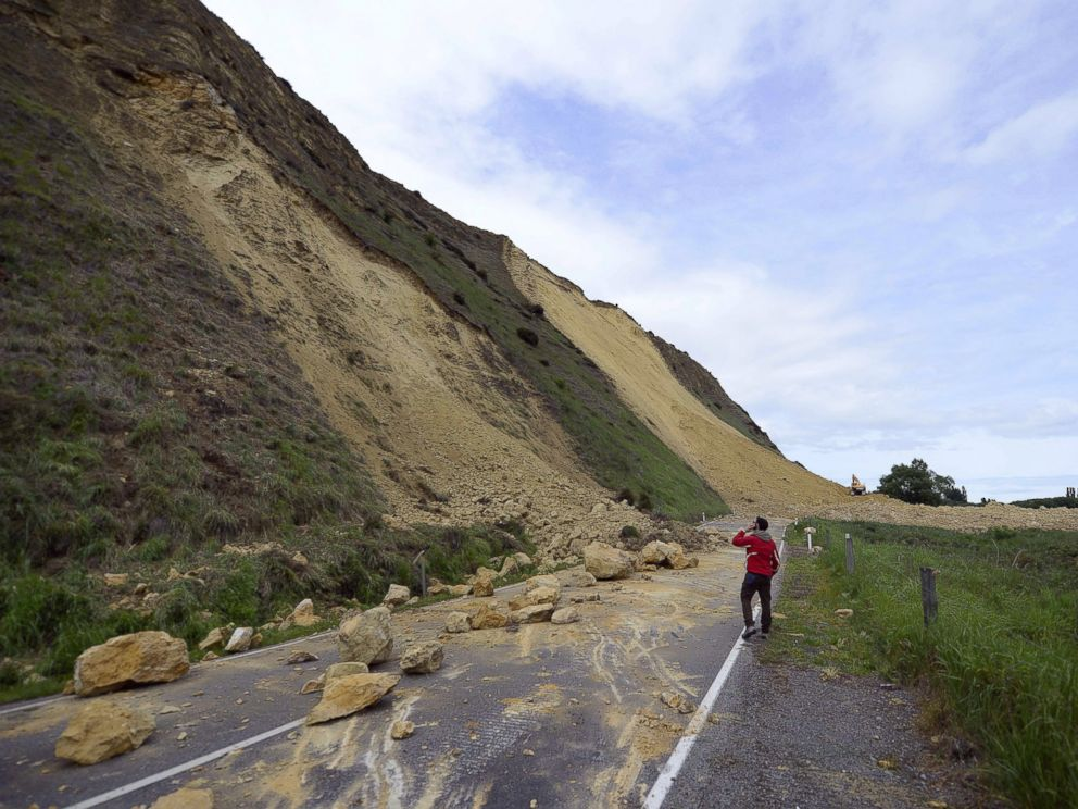 PHOTO: A landslide caused by the earthquake blocks Rotherham Road, 68 miles north of Christchurch, Nov. 14, 2016 in Waiau, New Zealand.