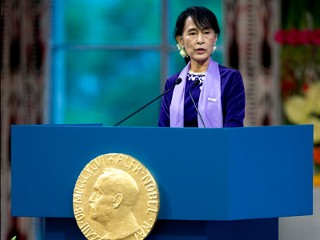 Obama to Meet With Suu Kyi Today