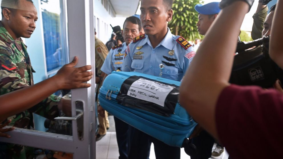 AirAsia Crash: Leading Theories About What Caused Plane to Go Down Gty_airasia_debris_press_conference_wy_141230_1_16x9_992
