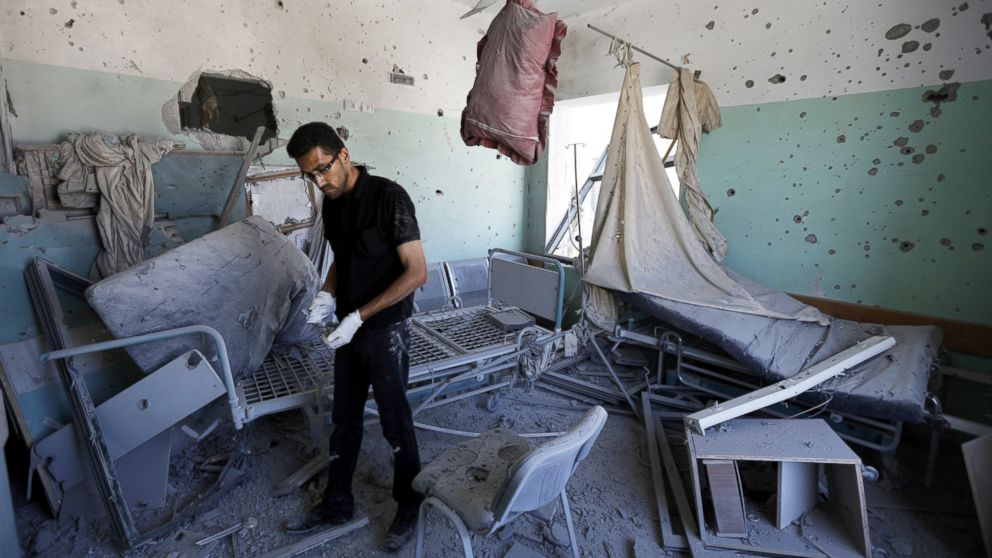 http://a.abcnews.com/images/International/gty_al_aqsa_hospital_gaza_shelling_damage_jc_140721_16x9_992.jpg