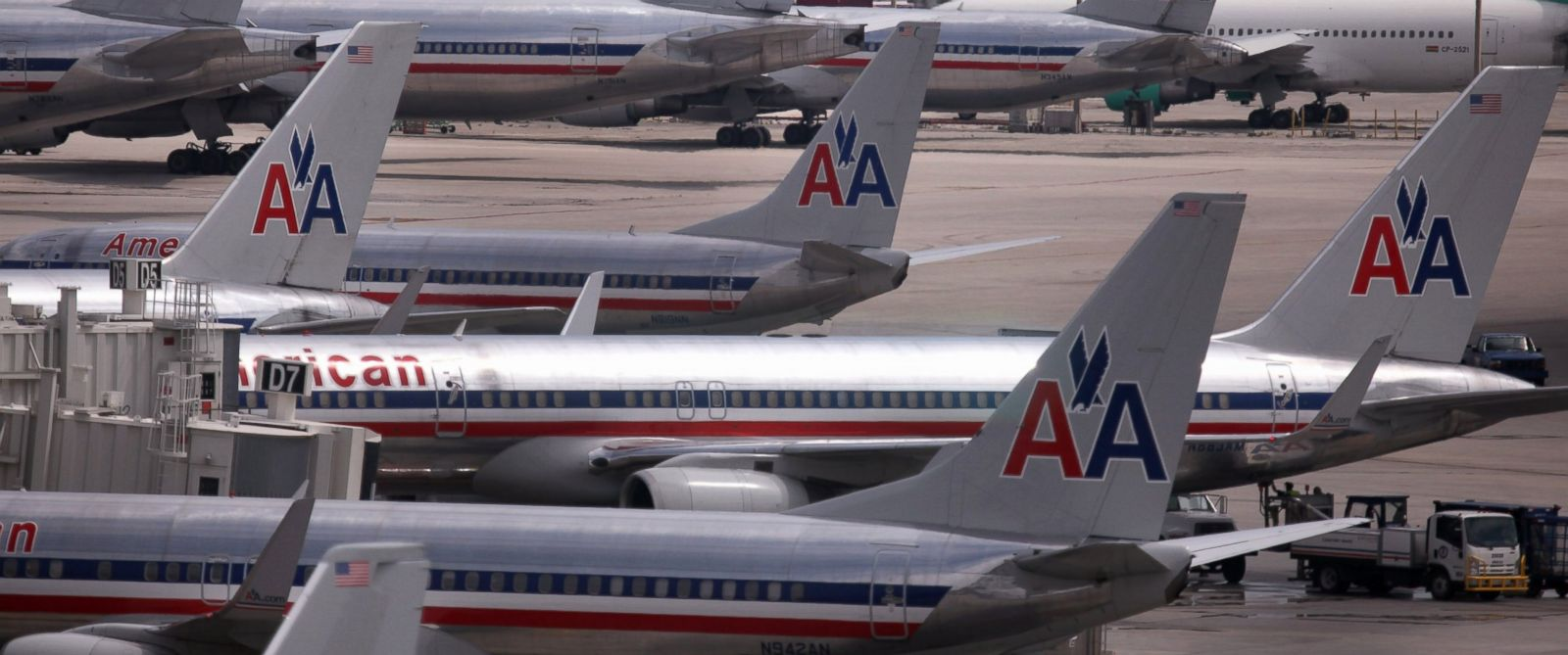 PHOTO: American Airlines flight 280 was diverted to Narita International Airport in Tokyo from Seoul, South Korea, after encountering turbulence.