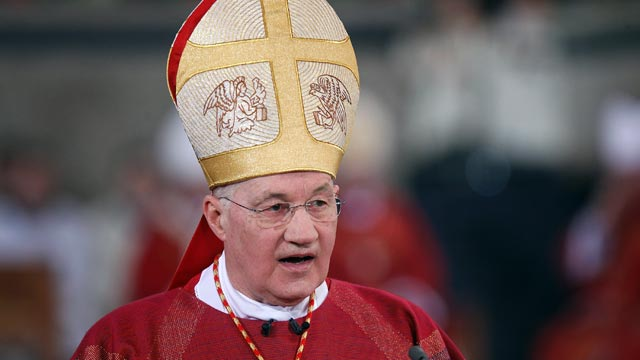 PHOTO: Cardinal Marc Ouellet holds a mass in celebration of The Pilgrimage of the Holy Robe at the Cathedral of St Peter, April 13, 2012m in Trier, Germany.
