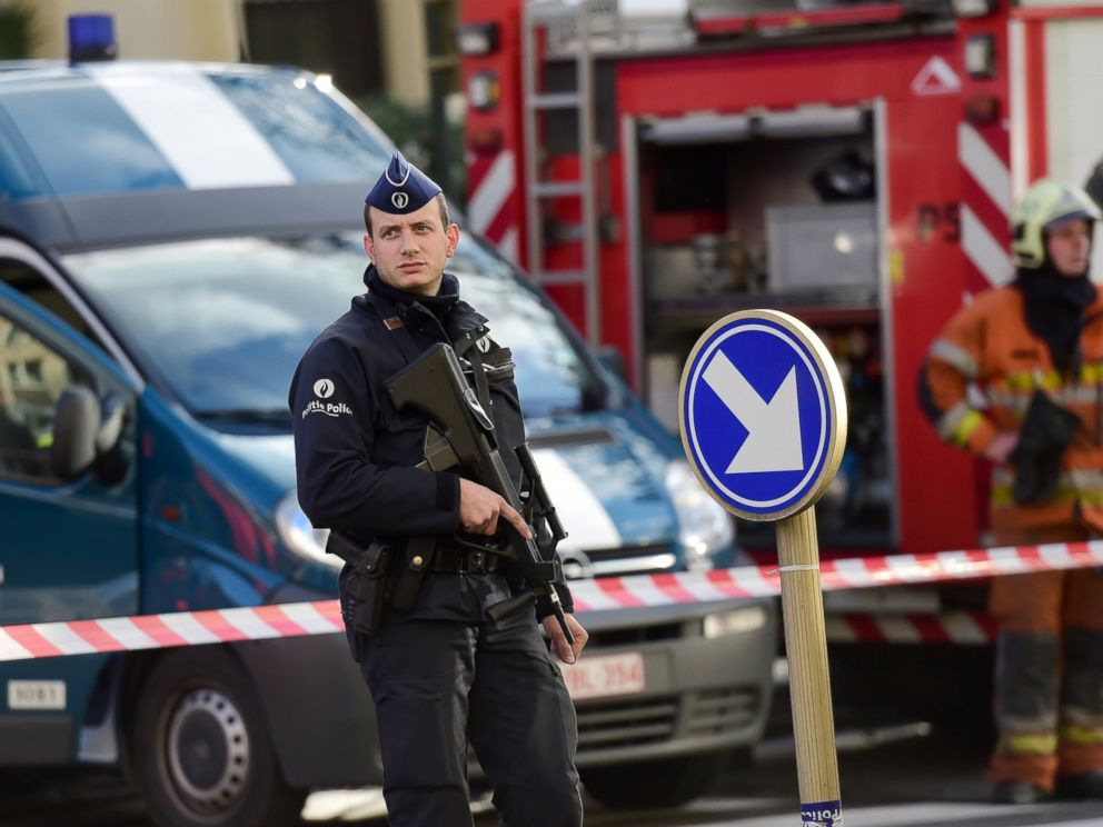PHOTO: Policemen and firemen set a security cordon around Brussels Great Mosque in Brussels on Nov. 26, 2015.