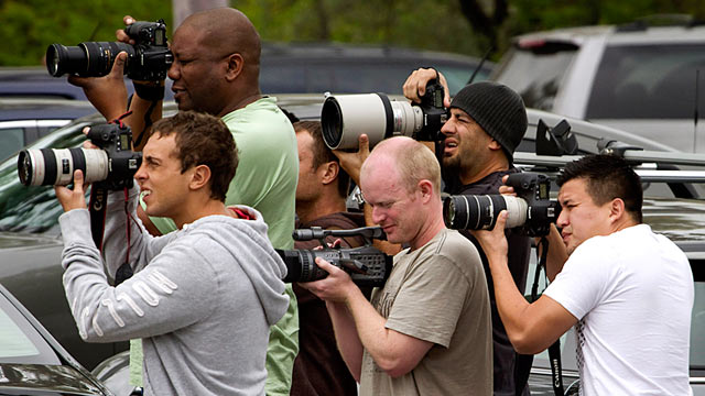 PHOTO: Paparazzi