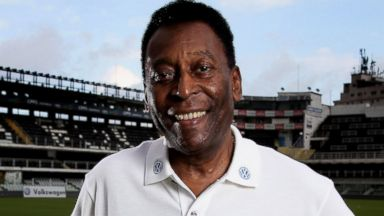 PHOTO: Brazilian football legend Pele poses in during a visit at stadium Vila Belmiro on May 17, 2014 in Santos, Brazil.