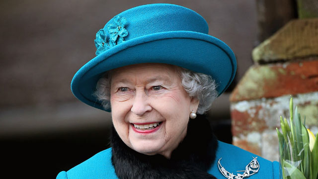 PHOTO: Queen Elizabeth II leaves St. Mary Magdalene Church after attending the Christmas Day service Dec. 25, 2012 in Sandringham, England.