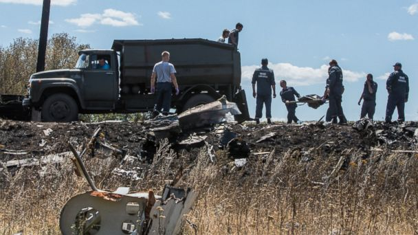 http://a.abcnews.com/images/International/gty_ukraine_plane_crash_site_jc_140721_16x9_608.jpg