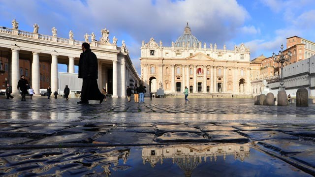 PHOTO: St Peters square is seen early on the first day of the conclave, March 12, 2013, at the Vatican.