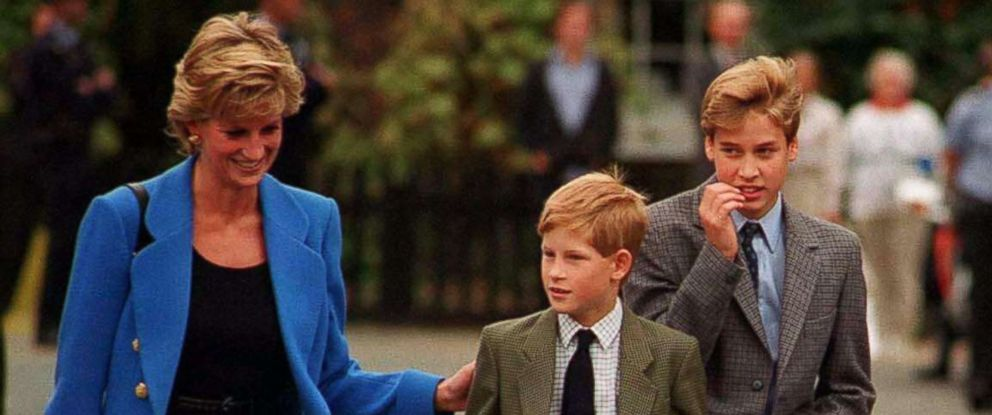 PHOTO: Prince William arrives with Diana, Princess of Wales and Prince Harry for his first day at Eton College on September 16, 1995 in Windsor, England.