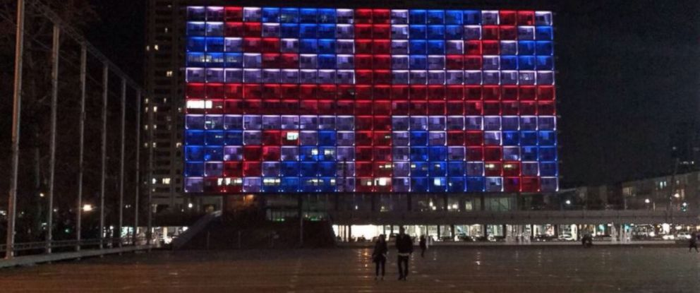 PHOTO: Israels Tel Aviv City Hall is lit up in the Union Jack on March 22, 2017, to pay tribute to the victims of the London terror attack that happened earlier in the day.