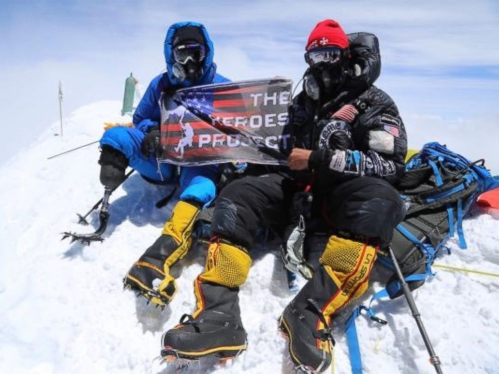 PHOTO: U.S. Marine Corps veteran Staff Sgt. Charlie Linville made history as the first ever combat-wounded amputee to reach the summit of Mount Everest.