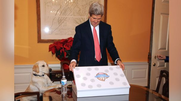ht john kerry2 kab 140129 16x9 608 John Kerrys Former Life: He Was a Cookie Chef