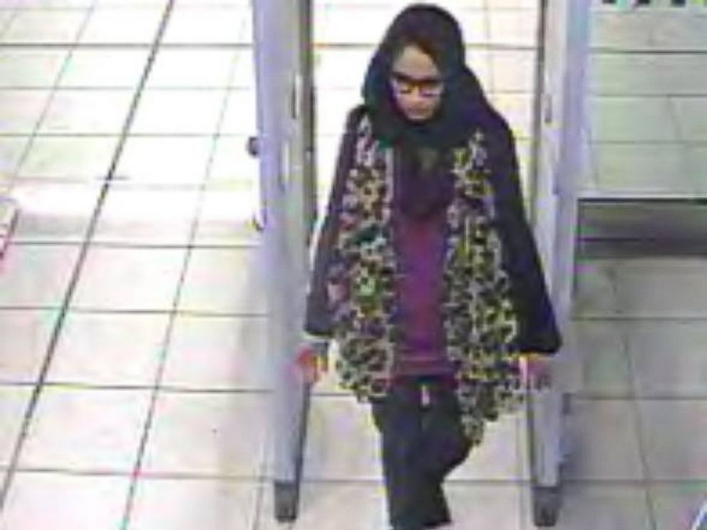PHOTO: Scotland Yard released this image of Shamima Begum in Gatwick airport Feb. 17, purportedly on her way to the Middle East.