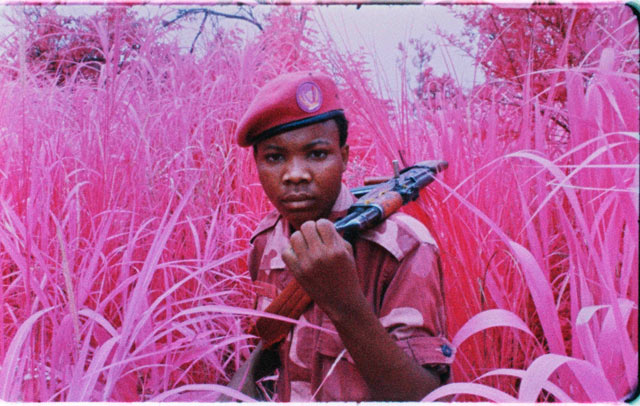 ht richard mosse soldier lpl 130605 IMAGES: Richard Mosse Rethinks War Photography