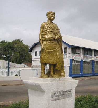 Statue of Ashanti King Prempeh II