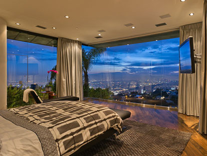 Josh Altman Calls This The Sexiest Master Bedroom In L A Click Here For More Photos