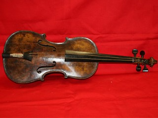 Titanic Violin Determined to Be Genuine