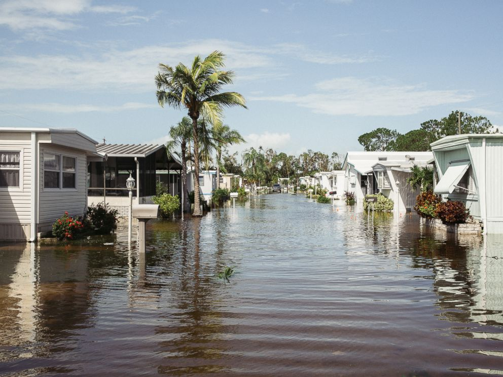 PHOTO: Hurricane Irma causes damage in an East Naples mobile home park, in Naples, Fla., Sept. 11, 2017.