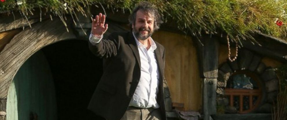 """PHOTO: Director Sir Peter Jackson attends the """"The Hobbit: An Unexpected Journey"""" world premiere at the Embassy Theater in Wellington, New Zealand, Nov. 28, 2012."""