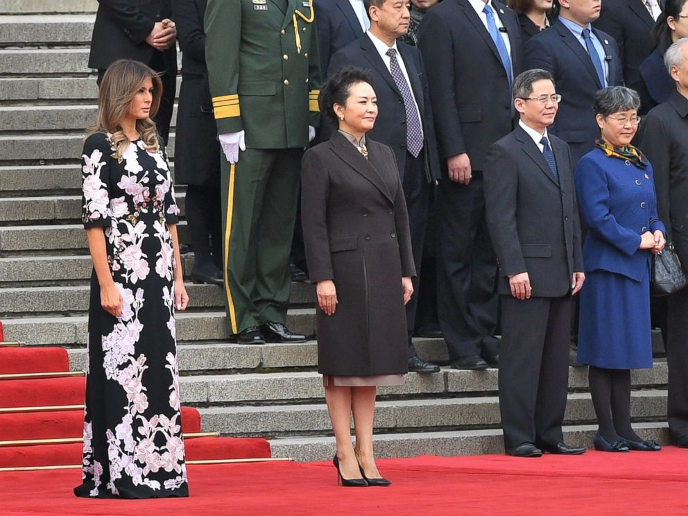 PHOTO: First Lady Melania Trump and Peng Liyuan, wife of Chinas President Xi Jinping, attend a welcome ceremony at the Great Hall of the People in Beijing on Nov. 9, 2017.