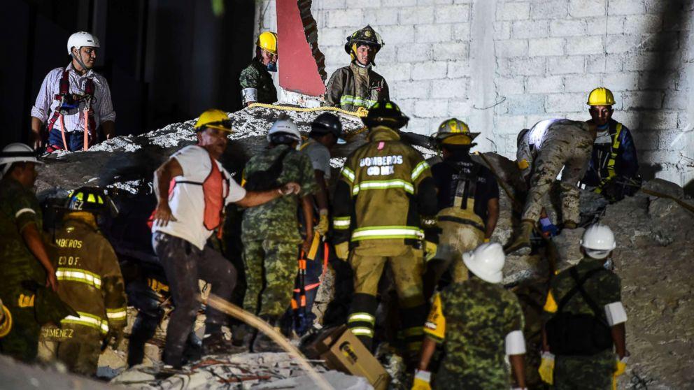 http://a.abcnews.com/images/International/mexico-city-earthquake-gty-ml-170920_16x9_992.jpg
