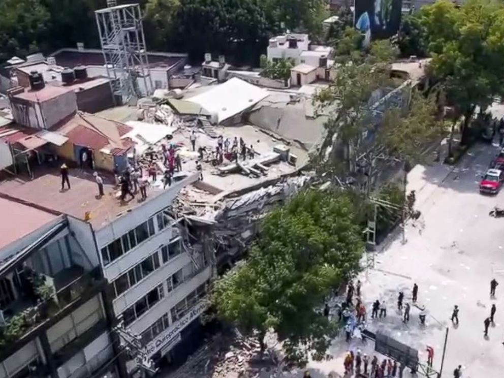 PHOTO: An earthquake registering 7.1 magnitude struck Mexico City, Sept. 19, 2017.