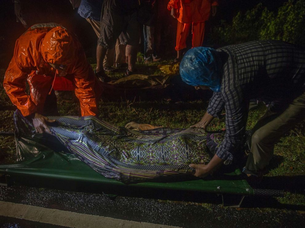 PHOTO: Rescue workers carry body of a Rohingya Muslim, who died after their boat capsized in the Bay of Bengal as they were crossing over from Myanmar into Bangladesh, near Inani beach, in Coxs Bazar district, Bangladesh, Sept. 28, 2017.