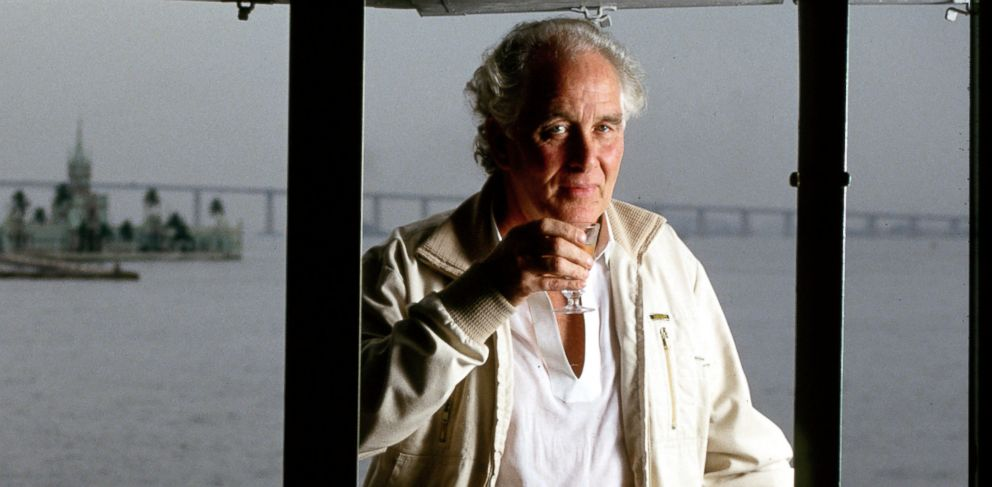 PHOTO: Ronnie Biggs, known for his role in the 1963 Great Train Robbery, is shown in Rio de Janiero, in this May 5, 2001 photo.