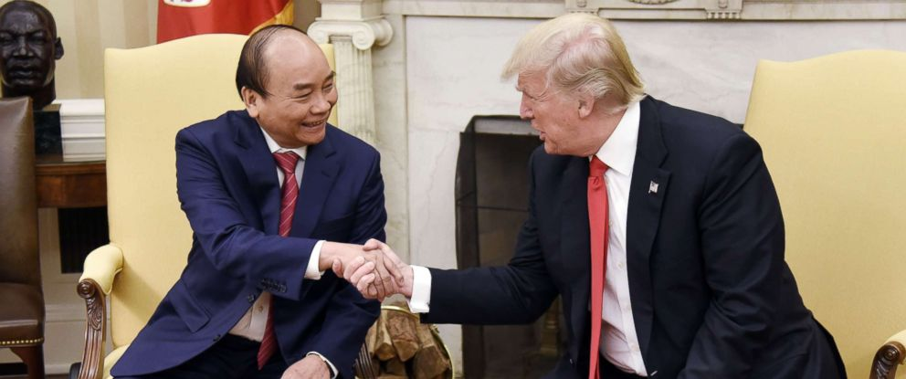 PHOTO: President Donald Trump meets with Prime Minister Nguyen Xuan Phuc of Vietnam in the Oval Office of the White House, May 31, 2017 in Washington, DC.