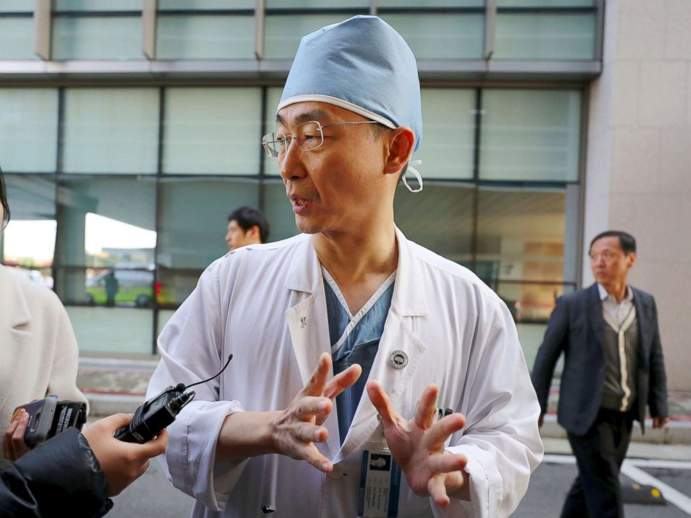 PHOTO: South Korean medical doctor Lee Cook-Jong, who carried out surgery on gunshot wounds sustained by a North Korean soldier, speaks to journalists at Ajou University Hospital in Suwon, South Korea, Nov. 14, 2017.