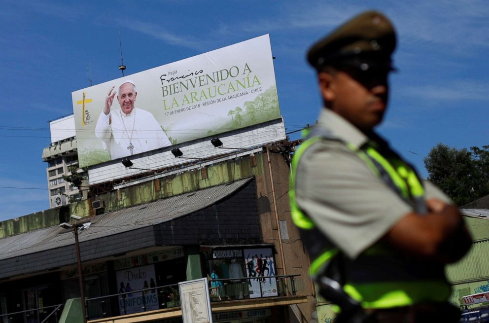 PHOTO: A police officer patrols in front of a banner reading Pope Francis welcome to La Araucania ahead of the papal visit in Temuco, Chile, Jan. 14, 2018.