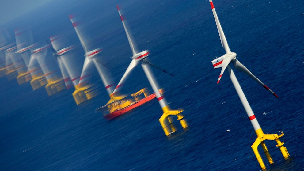 PHOTO: German North Sea wind farm