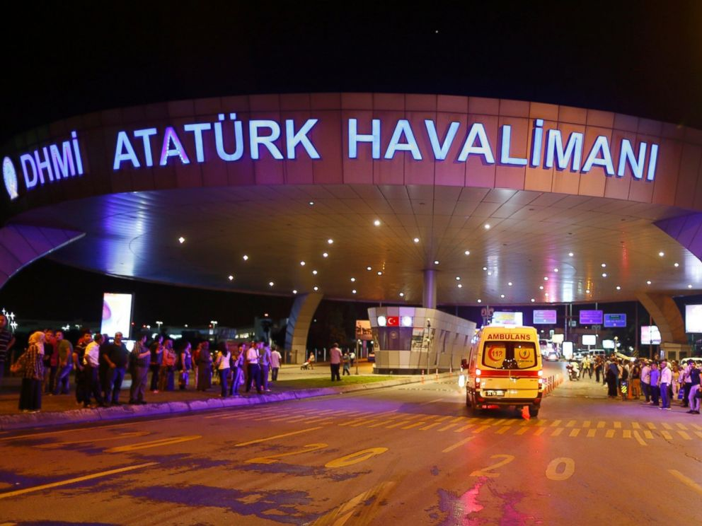 PHOTO: Ambulances arrive at Turkeys largest airport, Istanbul Ataturk, Turkey, following a blast June 28, 2016.