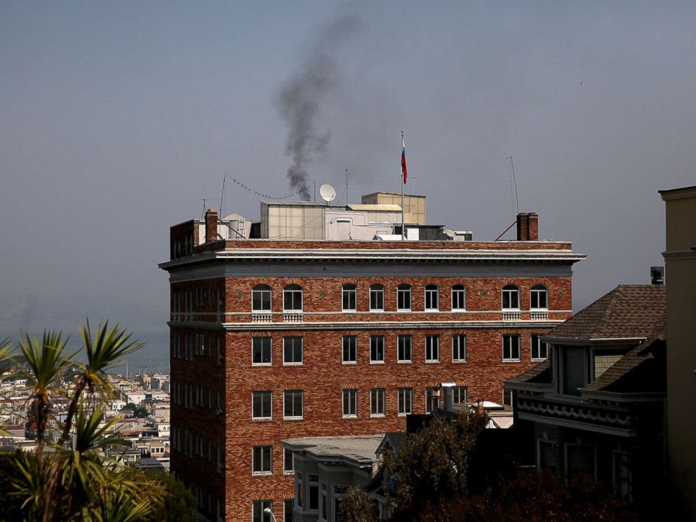 PHOTO: Black smoke billows from a chimney on top of the Russian consulate, Sept. 1, 2017 in San Francisco.
