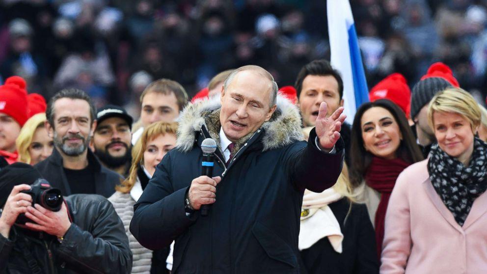 http://a.abcnews.com/images/International/russia-putin-rally-3-gty-jt-180303_16x9_992.jpg