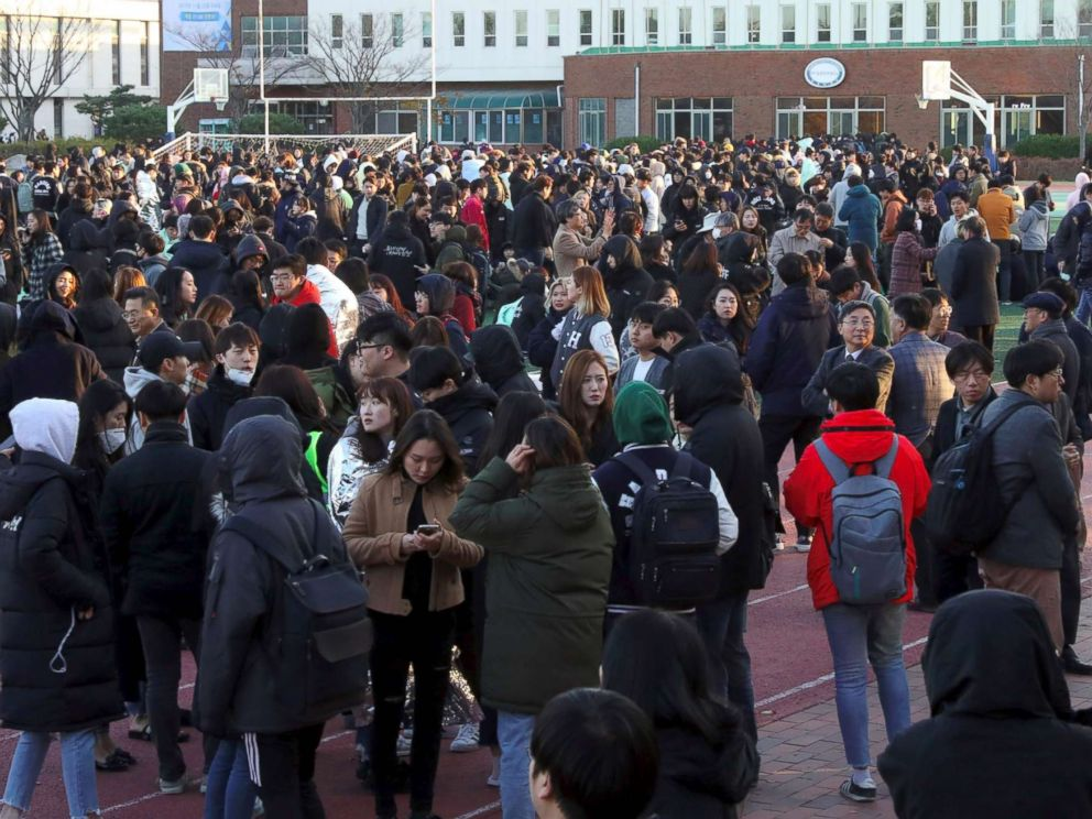 PHOTO: University students stand in an open space to take shelter after a 5.4-magnitude earthquake in the southeastern port city of Pohang, Nov. 15, 2017.