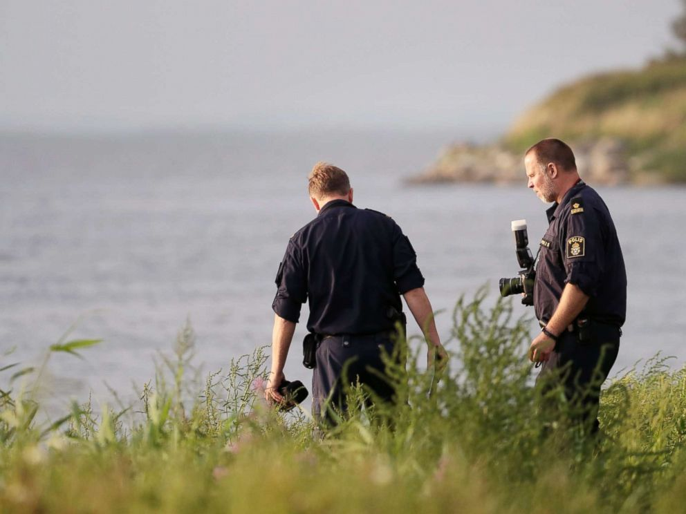 PHOTO: Swedish police conduct their investigation at the scene where the body of Swedish freelance journalist Kim Wall was found, Aug. 24, 2017.