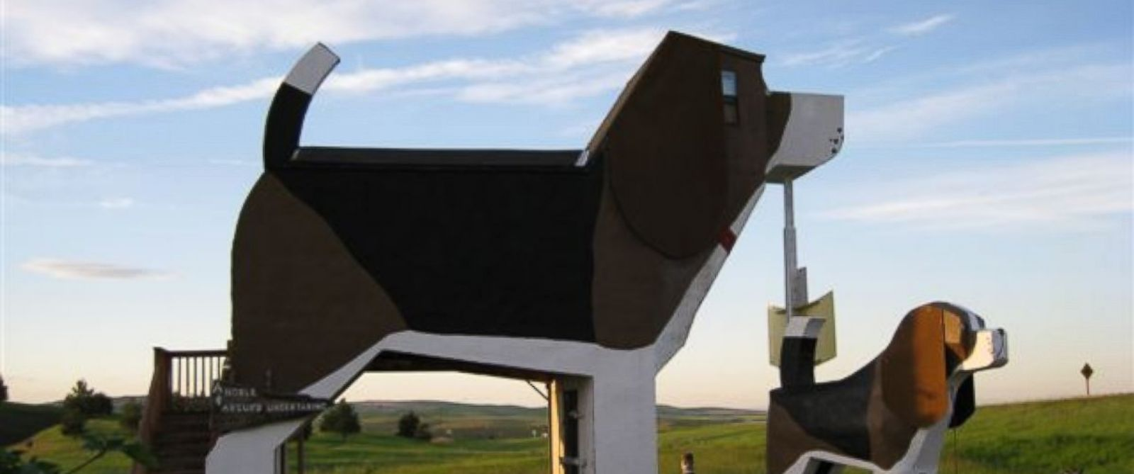 PHOTO: Dog Bark Park Inn B&B in Cottonwood, Idaho is for travelers who dont mind being in the doghouse.