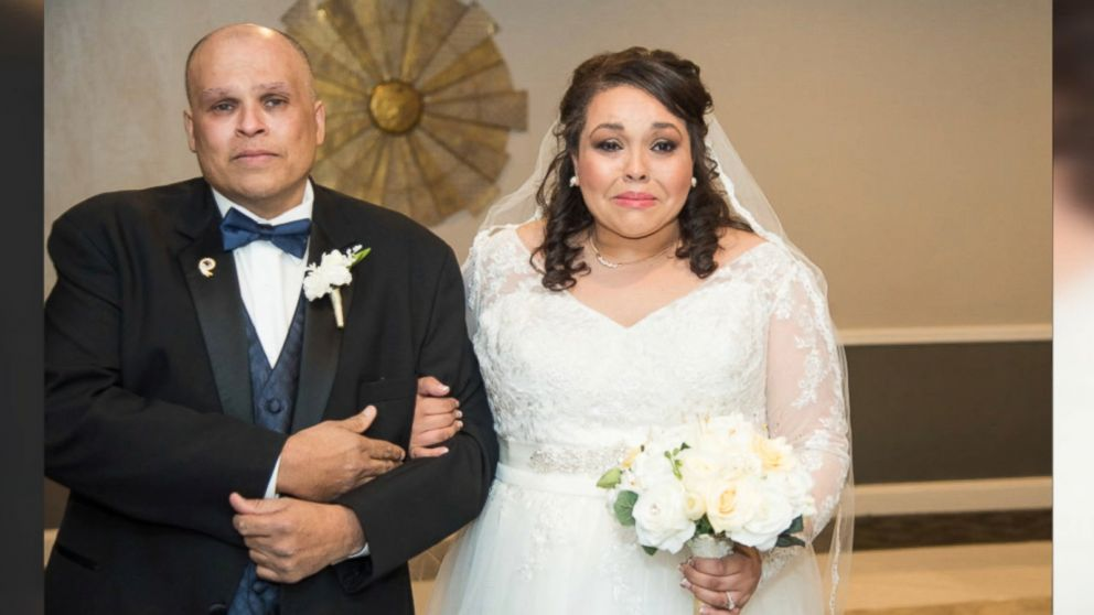 Strangers Give Bride Early Wedding So Dad With Cancer Can Walk Her